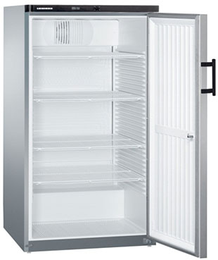 Commercial Upright Fridges